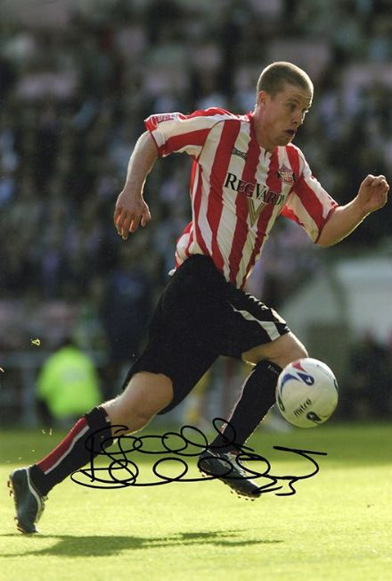 Grant Leadbitter, Sunderland, signed 12x8 inch photo.